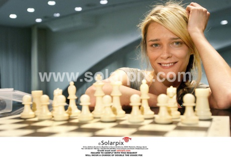 Model Carmen Kass attends World Simultaneous Chess exhibition in Valencia
